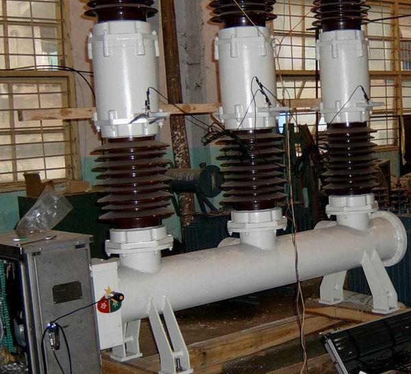 开关厂高压开关的出厂检修设备